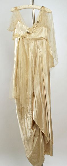 Evening dress Callot Soeurs  Date: 1918–19 Culture: French Medium: silk Accession Number: C.I.51.97.1