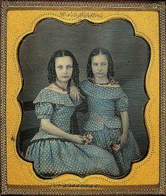 VINTAGE BLOG: Hand-tinted daguerreotype 1850s