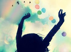 Olá pessoal!! Não existe receita para felicidade. Felicidade, inclusive, é um conceito altamente subjetivo como amor, sucesso, sentido da vida. Cada um encontra forças para acordar de manhã num lug…