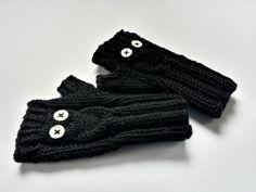 """""""Eule"""" Baby-Armstulpen Wolle schwarz Handschuhe von frostpfoetchen auf DaWanda.com"""