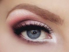 maquillage yeux bleus pour les typologies froides