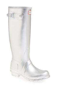 Metallic silver Hunter boots - YES, Please!