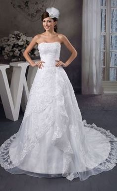 Spectacular A-Line Strapless Lace Wedding Dress