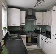 Home Decor Kitchen, Kitchen Furniture, Home Kitchens, Home Interior, Interior Design Kitchen, Small U Shaped Kitchens, Grey Shaker Kitchen, Persimmon Homes, Kitchen Diner Extension