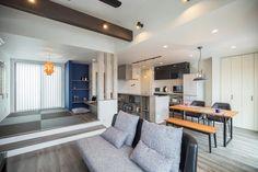 愛知・名古屋の注文住宅ならクラシスホームへ。自由設計でありながら価格を抑えてデザイン性の高い注文住宅をご提案しています。 House Design, Apartment Layout, Interior Design, Apartment Decor, Living Room Decor Apartment, Interior, Japanese Room, Home Deco, Tatami Room