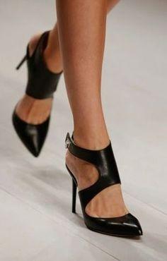Black cutout ankle pumps with side ankle closure | Cocoshoe #black