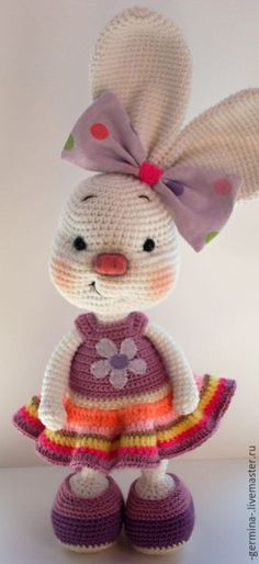 Mesmerizing Crochet an Amigurumi Rabbit Ideas. Lovely Crochet an Amigurumi Rabbit Ideas. Crochet Amigurumi, Amigurumi Patterns, Amigurumi Doll, Crochet Dolls, Crochet Bunny Pattern, Love Crochet, Crochet Patterns, Crochet Rabbit, Easter Crochet
