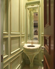 The millwork! Dell-mitchell-architects-architecture-interiors-architectural-details-colonial-federal-georgian-greek-revival-neoclassical-eclectic-georgian-neoclassical-traditional-bathroom-foyer-hallway-vignette