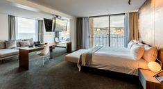 MACq01 Hotel - Executive Waterfront Suite