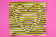How to make a optical illusion heart drawing craft for Valentine's Day Optical Illusions Drawings, Illusion Drawings, Illusion Art, Face Painting Tutorials, Face Painting Designs, Art Auction Projects, Art Projects, Op Art Lessons, Create This Book