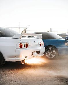 Zilla 😈 🔥 📷:@raynaldoarevalo . #carthrottle #jdm #turbo #boost #tuner #carsofinstagram #carswithoutlimits #carporn #instacars #supercar #carspotting #stance #racecar #cargram #r32 #godzilla #nissan #skyline #rb26 Skyline Gtr, Nissan Skyline, Lamborghini, Ferrari, Nissan R32, Car Throttle, Japanese Cars, Jdm Cars, Mazda