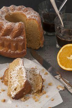 Egy méltatlanul elhanyagolt édesség, pedig a kuglófsütő formával könnyen, rövid idő alatt varázsolhatunk fantasztikus dolgokat a konyhában.