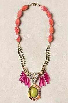 Anthro Mirela Fringe: tutorial@  http://www.flamingotoes.com/2012/08/anthro-mirela-fringe-necklace-knockoff/