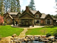So pretty dream house would love to have in the country with lots of land!