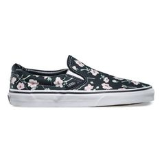 The Vintage Stars Classic Slip-On features a low profile slip-on canvas  upper