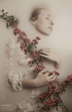A fotografia fashion com um toque de surreal de Slevin Aaron
