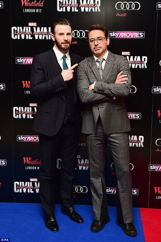 Chris Evans and Robert Downey Jr. attends the UK film premiere 'Captain America: Civil War' at Vue Westfield on April 2016 in London, England. Capitan America Chris Evans, Chris Evans Captain America, The Avengers, Marvel Actors, Marvel Dc, Chris Roberts, Steve And Tony, Man Thing Marvel, Downey Junior