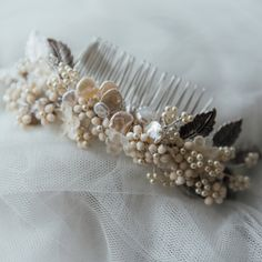 Pearl bridal comb/bridal headdress/floral headdress/luxury