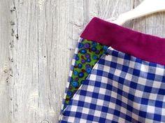 kalhoty s bočními klínovými kapsami / pants with pockets