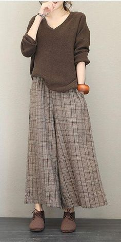 Casual V Neck Base Sweater Women Loose Tops – Hijab Fashion 2020 Hijab Fashion, Korean Fashion, Fashion Dresses, Casual Wear, Casual Outfits, Cute Outfits, Cheap Clothes Online, Loose Tops, Mode Inspiration