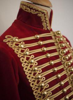 Dolman de fournier-sarloveze Military Costumes, Military Dresses, Military Style Jackets, Military Jacket, Military Uniforms, Military Fashion, Mens Fashion, Costume Venitien, Royal Clothing