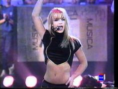 Britney Spears - Baby One More Time  (Live Musica Si) Spain 1999