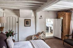 Quintessentially English style interiors