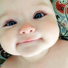 Olhos bonitos, Funny Images, Photos Online, Funny Jokes, is a funny way in life! Cute Little Baby, Baby Kind, Little Babies, Baby Love, Little Ones, Cute Babies, Chubby Babies, Beautiful Children, Beautiful Babies
