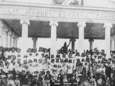 Templominervahiehuetrnango1910 - Departamento de Huehuetenango - Wikipedia, la enciclopedia libre Areas Protegidas, Medicine, Tropical, Painting, Huehuetenango, Quetzaltenango, Painting Art, Paintings, Medical