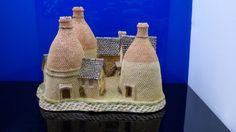 "The MIdlands Collection ""The Bottle Kilns"" by David Winter Great Britain Vintage"