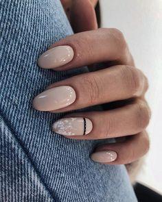 Gel nail art designs, nail envy, cute simple nails, cute gel nails, c Manicure Natural, Manicure And Pedicure, Pedicure Ideas, Gradient Nails, Holographic Nails, Stiletto Nails, Coffin Nails, Black Gel Nails, Solid Color Nails
