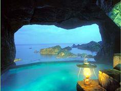 """Japanese open air hot spring """"lamp no yado"""" ishikawa Japan"""