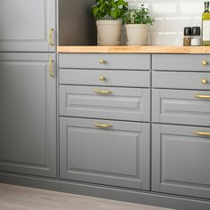 Kitchen ikea bodbyn grey products 32 ideas for 2019 Bodbyn Kitchen Grey, Grey Ikea Kitchen, Bodbyn Grey, Grey Kitchen Cabinets, Kitchen Countertops, Diy Kitchen, Kitchen Decor, Awesome Kitchen, Wall Cabinets