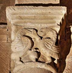 MEDIEVAL SPAIN - Capitel con dos Grifos - Ermita de San Pantaleón de Losa, Burgos