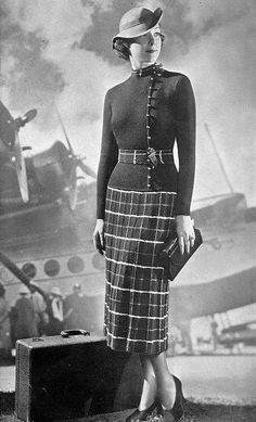 c. 1936 30s walking outfit day photo print ad model