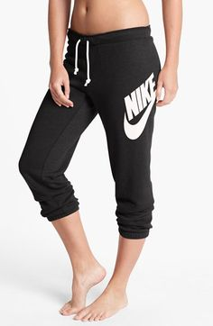 Free shipping and returns on Nike 'Rally' Capri Sweatpants at Nordstrom.com. The famous logo emblazons one hip of lean capri sweatpants that are garment washed for incredible softness, and a look and feel that would normally take years of wear to achieve.