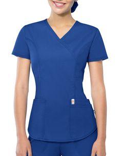 Certainty Antimicrobial Women's Mock Wrap Top Camo Scrubs, Scrubs Outfit, Scrubs Uniform, Scrubs Pattern, Doctor Scrubs, Stylish Scrubs, Iranian Women Fashion, Medical Scrubs, Nursing Clothes