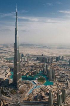 Dubai , wow what a view from the top of the Burj khalifa