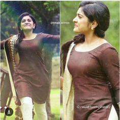 South Indian Actress Photo, Indian Actress Photos, South Actress, Indian Actresses, Beautiful Girl Indian, Most Beautiful Indian Actress, Beautiful Women, Nivedha Thomas, Saree Photoshoot