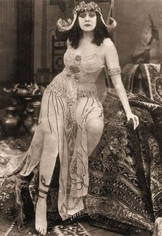 Cleopatra – Theda Bara