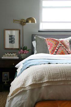 Incredible Eclectic Master Bedroom Design Ideas - Page 23 of 56 Master Bedroom Design, Dream Bedroom, Home Bedroom, Bedroom Decor, Bedroom Lamps, Bedroom Lighting, Bedroom Headboards, Bedside Lighting, House Tweaking
