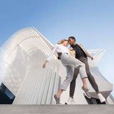 Dancers and ballerinas strike a pose in NYC's new architectural wonder #dancefashion