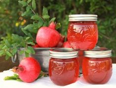Homemade Pomegranate Jelly | Sweet Southern Blue
