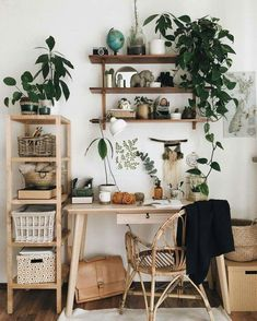 Home Deco Ideas Bathroom Cute Earthy Home Office Vibes with .- Home Deko-Ideen Badezimmer Cute Earthy Home Office Vibes mit einer Auswahl von Z… Home Deco Ideas Bathroom Cute Earthy Home Office Vibes with a selection of indoor plants - Tumblr Room Decor, Tumblr Rooms, Decor Room, Science Room Decor, Apartment Decorating On A Budget, Interior Decorating, Decorating Ideas, Apartment Ideas, Apartment Plants