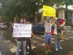 Los campistas que quedaron se unen a la protesta en Altamira con este mensaje