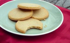 Almond Flour Sugar Cookies-sub in walnut oil and honey Walnut Oil, Sugar Free Recipes, Paleo Dessert, Low Sugar, Food Gifts, Cookie Bars, Almond Flour, Sugar Cookies, Food To Make