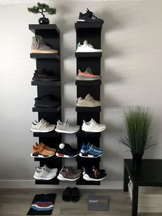 sneaker storage Shoe trees by Sole Trees ensure that the sneakers and shoes remain in the original shape and formation, despite the effects of age and gravity. storage sneakerhead room Premium Shoe Trees for Sneakers Closet Shoe Storage, Diy Shoe Rack, Shoe Shelves, Shoe Racks, Sneaker Regal, Sneaker Storage, Sneaker Rack, Hypebeast Room, Shoe Room