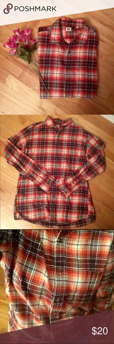 Red + Orange + White Flannel from Uniqlo Comfy flannel from Uniqlo. Size L but depending on how big you like your flannels could fit almost any size! Super warm & thick texture. Says 100% cotton. Like new condition, no flaws that I can tell. Uniqlo Tops Button Down Shirts