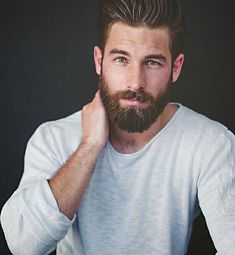 His hair, eyebrows, moustache and beard. His hair, eyebrows, moustache and beard. Modern Beard Styles, Beard Styles For Men, Hair And Beard Styles, Great Beards, Awesome Beards, Beard Shampoo And Conditioner, Bart Styles, Barba Grande, Beard Grooming Kits