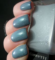 Pure Ice – Heart Breaker over Illamasqua – Raindrops over Calvin Klein – Navy Sparkle